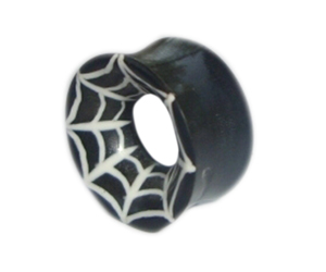 PAIR OF NATURAL HORN AND SILVER TRIBAL DESIGN EAR PLUGS//TUNNELS 10-16mm